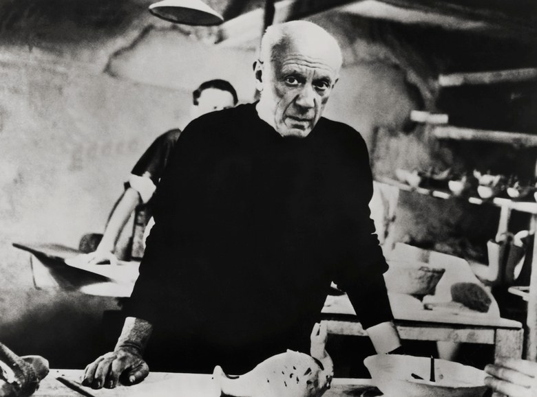 Picasso-holding