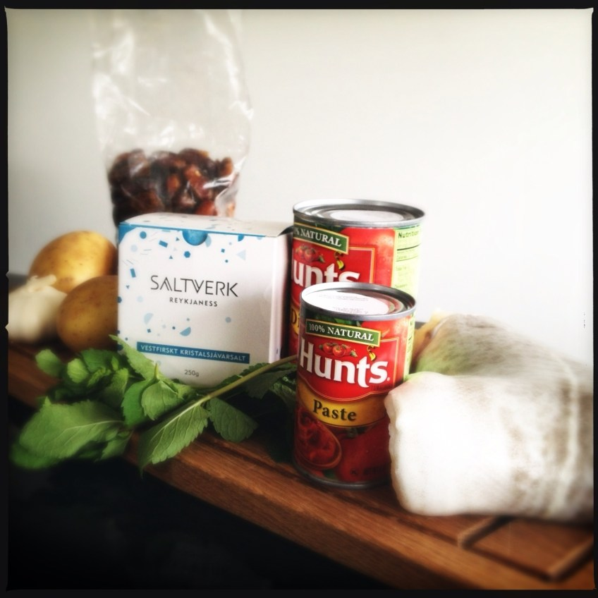 Ingredients for the salted cod