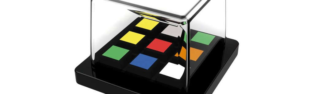 Rubik's Race: Two-Player Speed-Puzzle Classic!