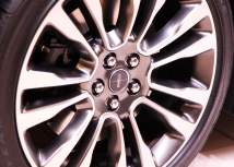 Lincoln Continental wheels
