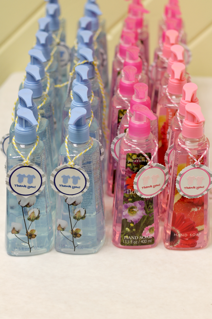 baby shower favors on a budget