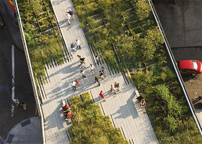 Washington Grasslands, an aerial view of the High Line over Little West 12th Street