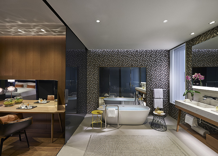 Mandarin Oriental premier bedroom_low