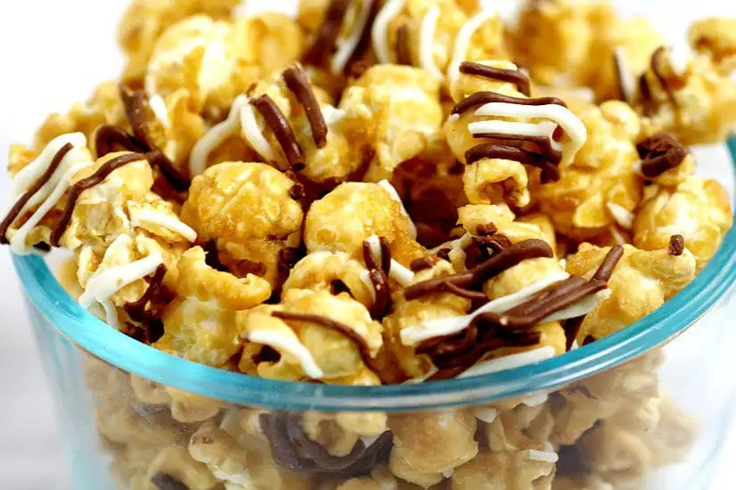 how to make caramel corn in a popcorn machine