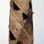 cat-mummy-the-roman-period-30BC-641AD-interlaced-colored-linen-typical-of-era