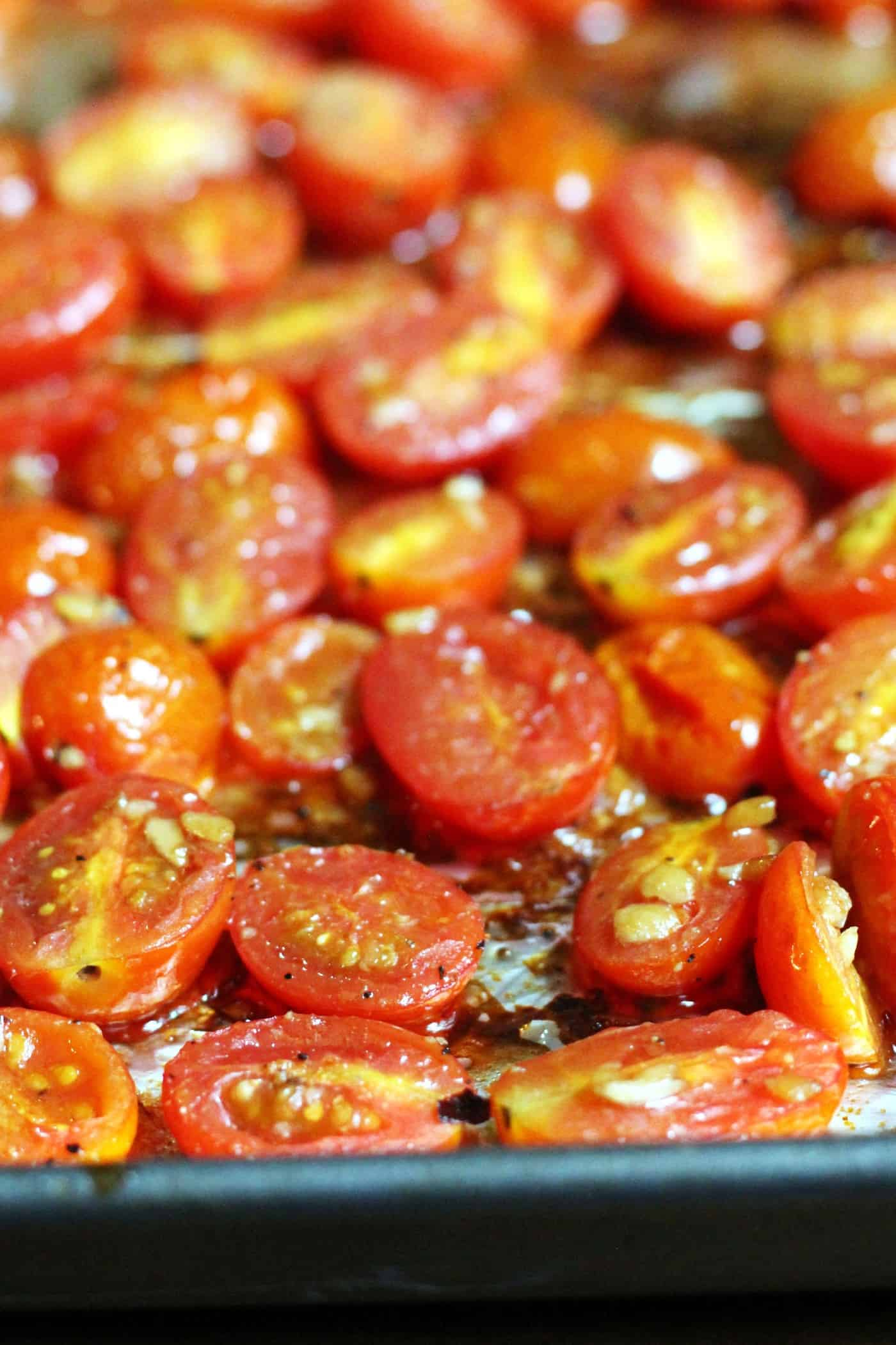 Considerable Balsamic Roasted Cherry Tomatoes Balsamic Roasted Cherry Tomatoes Healthy Toast Roasted Grape Tomatoes Ken Zucchini Roasted Grape Tomatoes nice food Roasted Grape Tomatoes