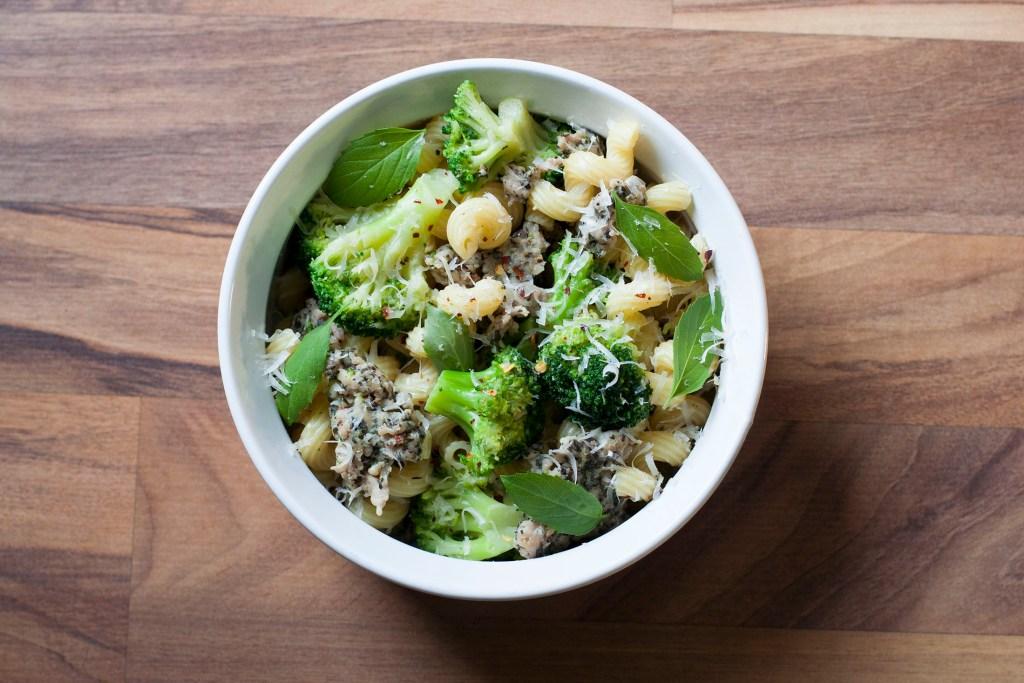 broccoli-and-sausage-pasta