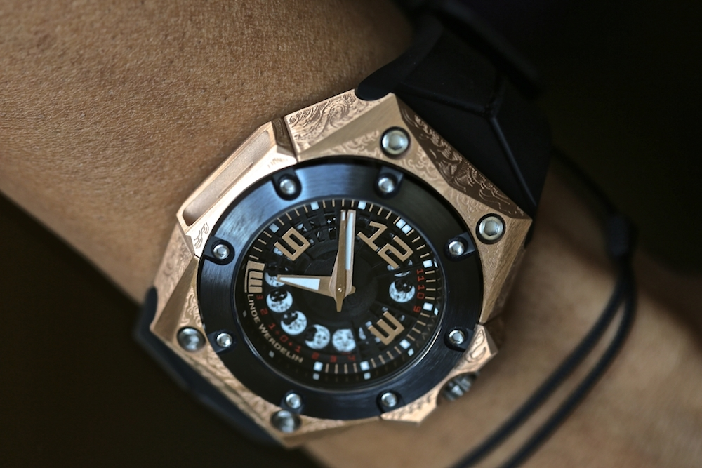 linde-werdelin-oktopus-moon-tattoo-3