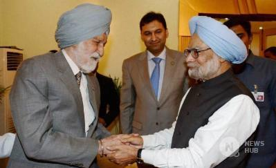 Air Marshal Arjan Singh with former PM Dr. Manmohan Singh