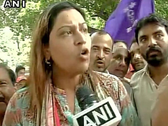 "Following Dayashankar's ""prostitute"" remark targeting Former Uttar Pradesh Chief Minister Mayawati, BSP Chandigarh Unit Chief Jannat Jahan has offered a reward of 50 lakh to anyone who gets her Dayashankar's tongue."
