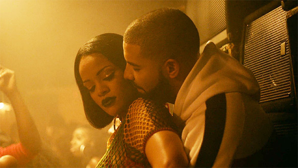 Drake engages Rihanna with a $1 million diamond ring (Photos)