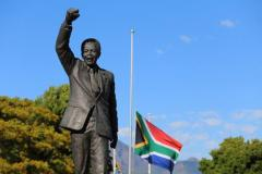 Obama, Raul Castro, Ban to address Mandela memorial