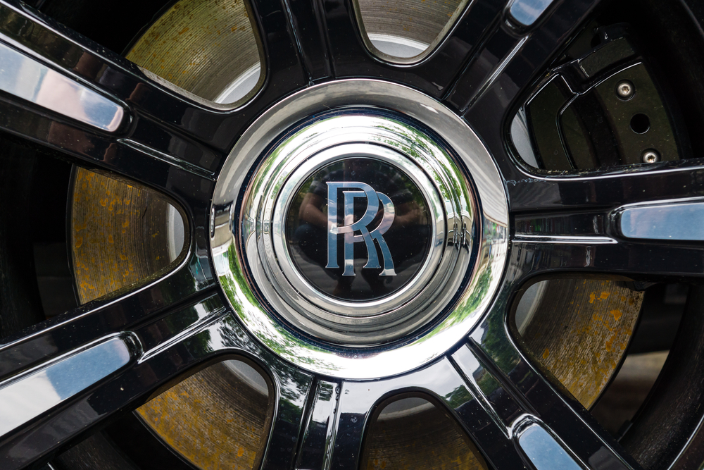Rolls-Royce to pay £671 million to end bribery claims