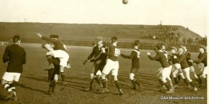 A Gaelic football match in the early 20th century, (Courtesy of GAA Museum).
