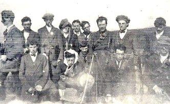 A Carlow IRA training camp at Duckett's Grove. (Courtesy of the Irish Volunteer website)
