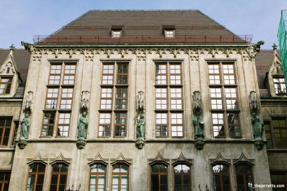Inside the courtyard of the Rathaus