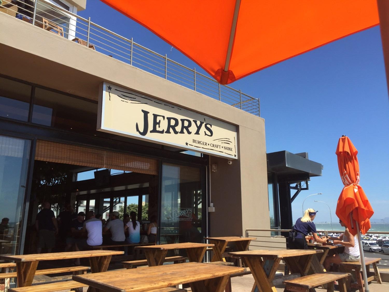 Jerry's Burger Bar, Blouberg - The Jax Blog