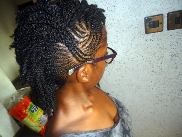 Maybe I should have let her do both sides cos I really love these cornrows! :)