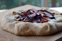 Plum+crostata