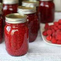 Homemade Raspberry Jam Using Honey