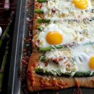 asparagusbreakfastpizza2