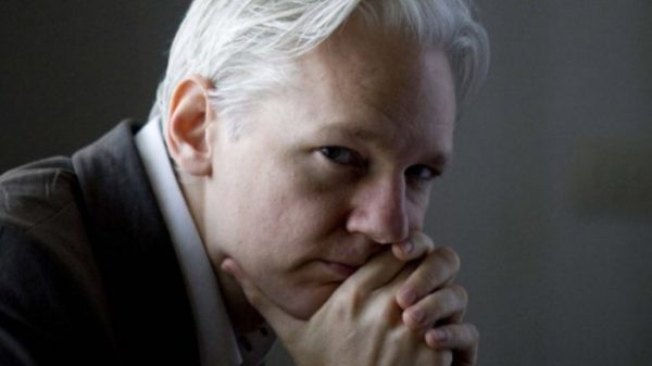 Challanging The Perspective: 4 Signs WikiLeaks is a Government Managed Election-Year PsyOp