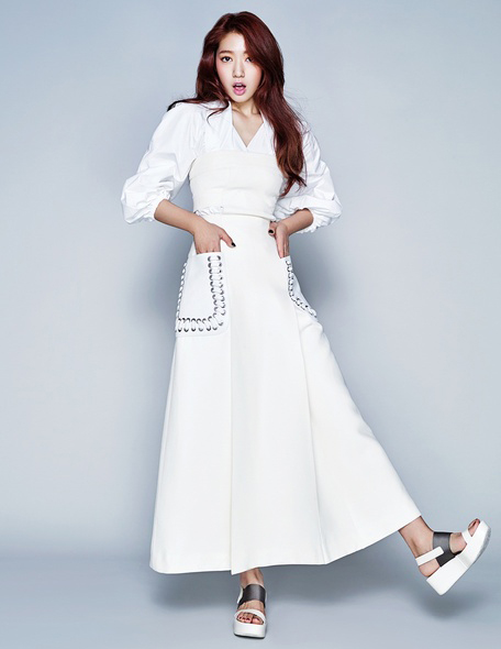 Park Shin Hye Poses For Elle Hong Kong Fashion Magazine Cover