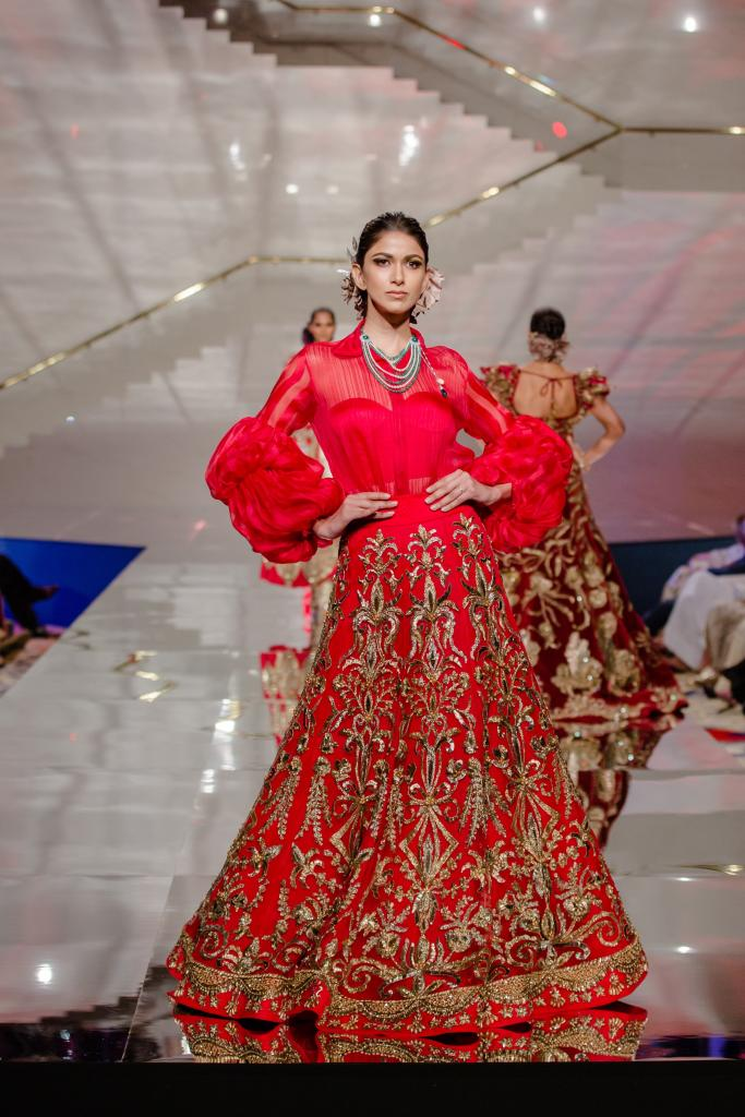 Celebrity Designer Manish Malhotra Returns To Ahni Co Wedding Show