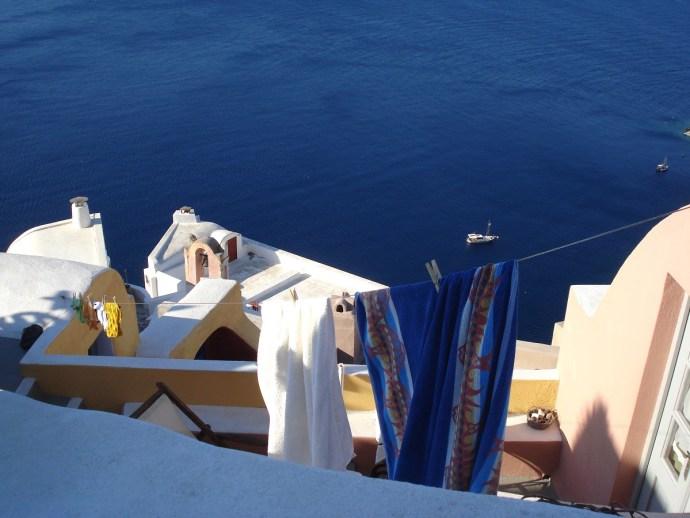 Grecia_Santorini_caldera_Oia_photo_credit@thelostavocado (18)