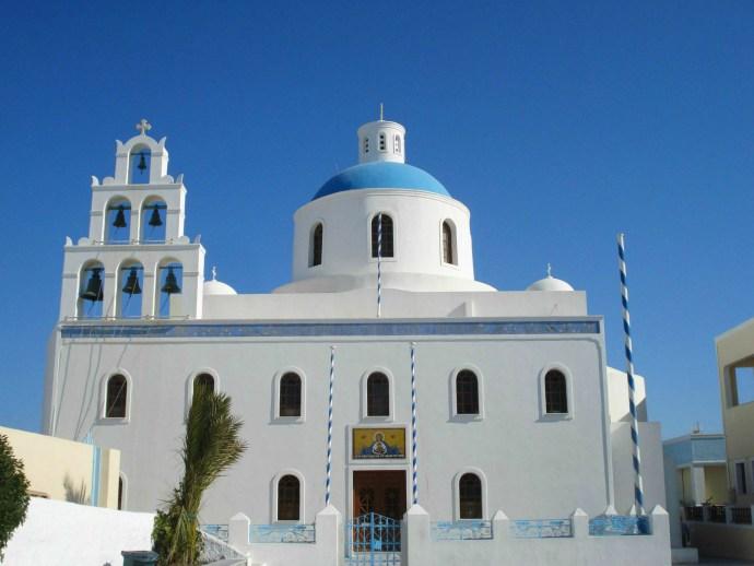 Grecia_Santorini_caldera_Oia_photo_credit@thelostavocado (8)