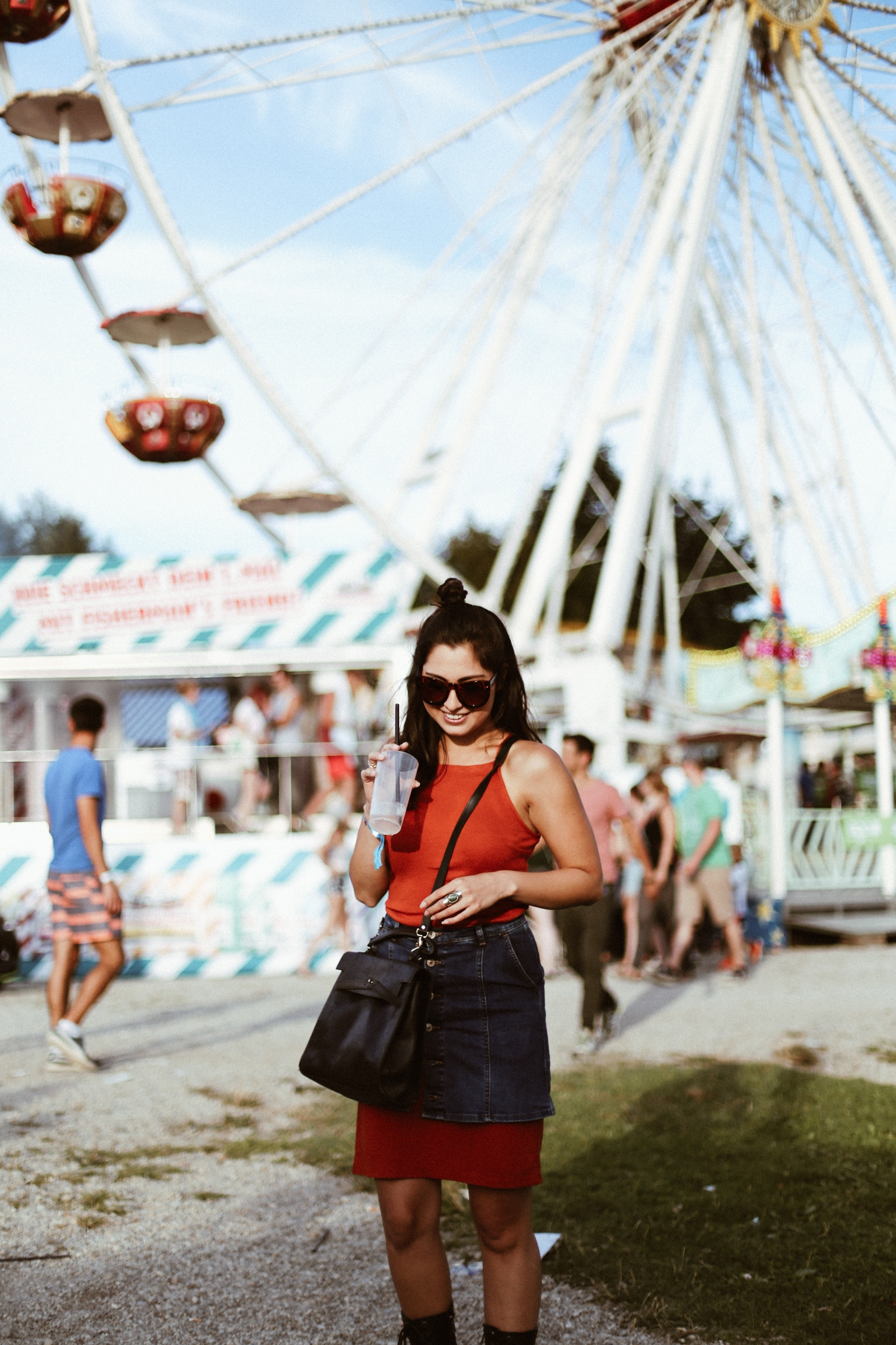 festival -utopiaisland-sorel-boots-look-ootd-munich-denim