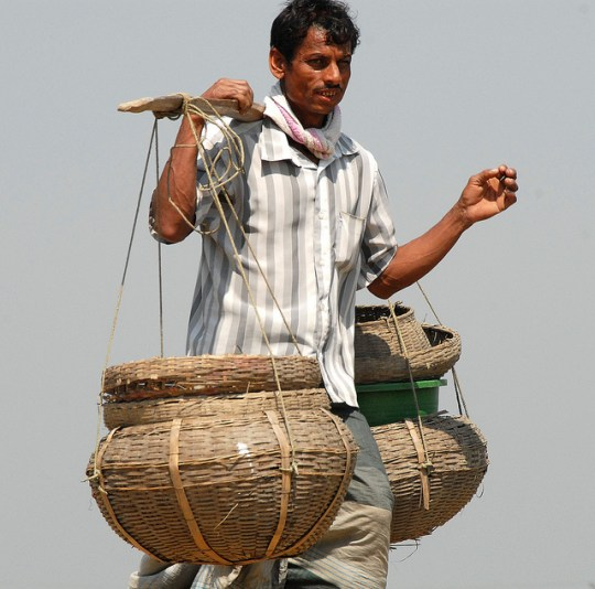 A traditional fish farmer, Bangladesh. Photo by WorldFish, 2007