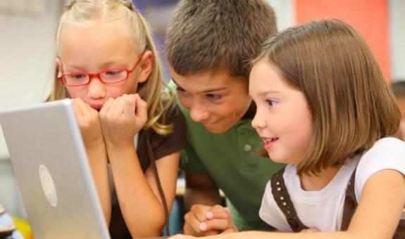 Así son los niños de la generación web