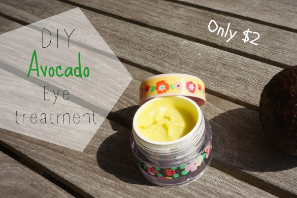 DIY avocado eye treatment featured