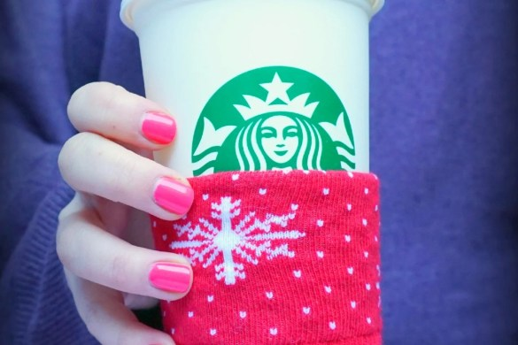 Make your own 5 minute DIY Mug Cozy - Upcycle your Christmas socks! A DIY by The Makeup Dummy