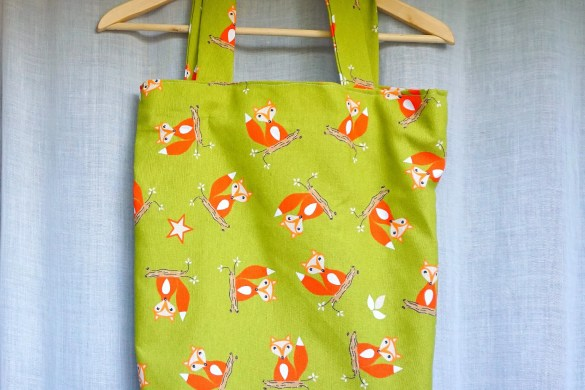 The Makeup Dummy Easy DIY Fox Tote Bag
