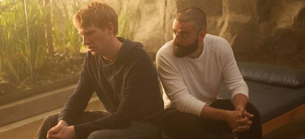 Domhnall Gleeson & Oscar Isaac
