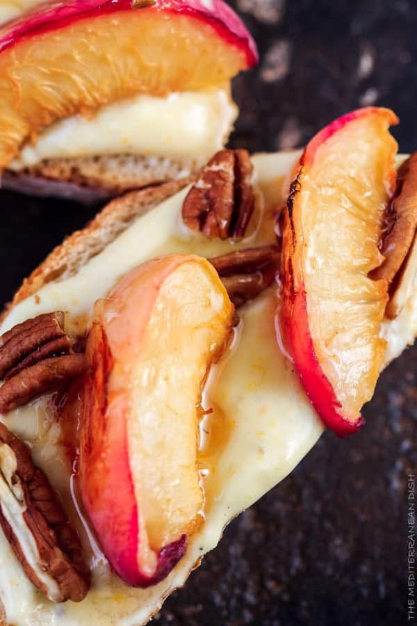 Roasted Peaches and Orange Whipped Greek yogurt crostini | The ...