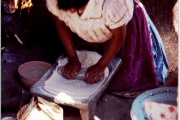 Photo of a woman grinding courtes of the Universidad Veracruzana