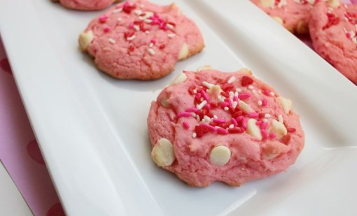 White Chocolate Strawberry Cookies by All Mommy Wants