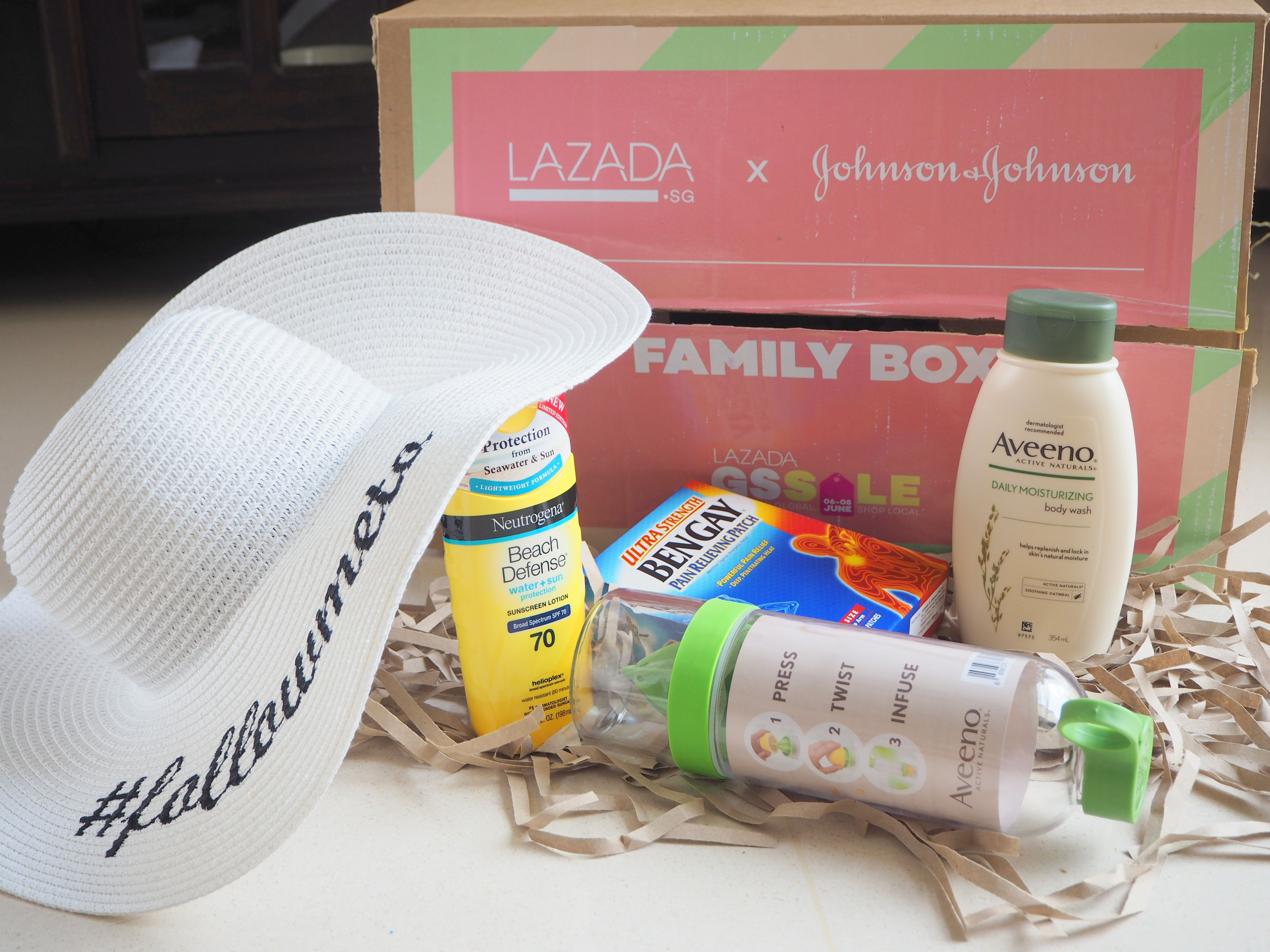 1 day to Lazada GSS Sale: Surprise Box worth $100!