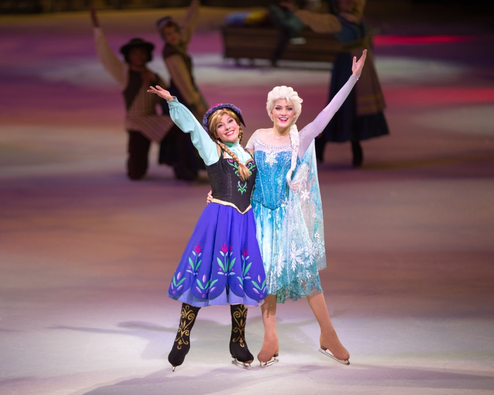 Disney-on-Ice-Anna-Elsa