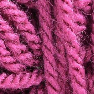 hotpink-yarn