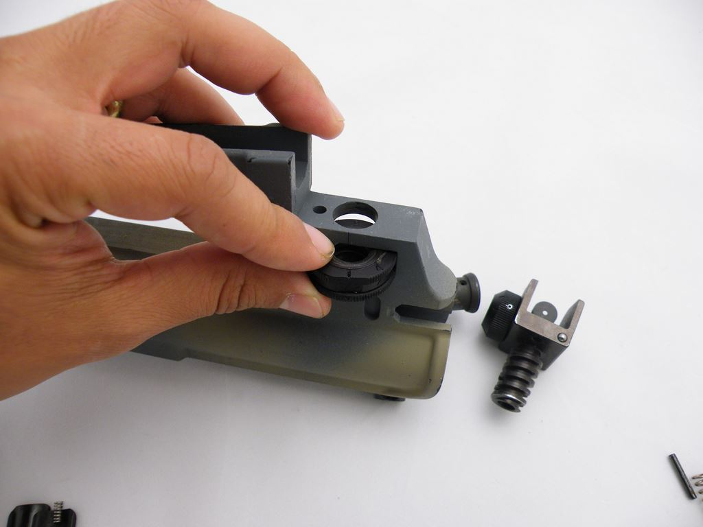 AR15 Rear Sight Installation (8)
