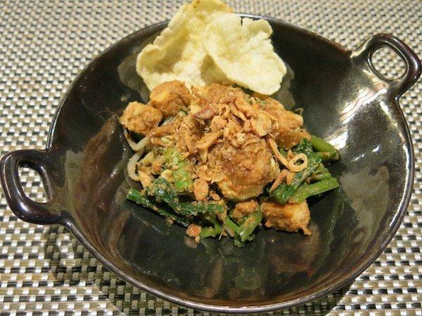 6-Gado Gado - vegan in Southeast Asia