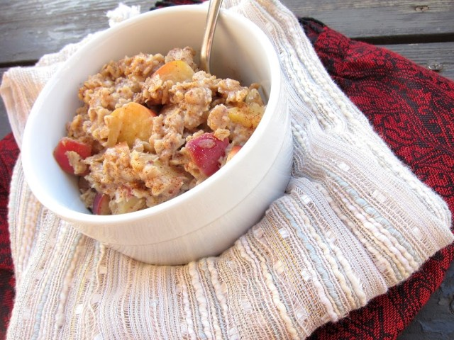 apple-pie-oatmeal-001