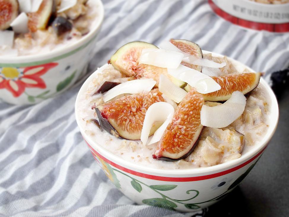 Coconut, Honey, and Fig Oatmeal | The Oatmeal Artist