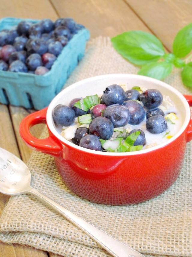 Sweet Corn, Blueberry, and Basil Oatmeal #vegan