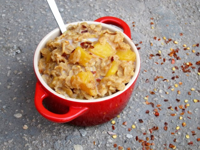 spicy-mango-oatmeal-25281-2529