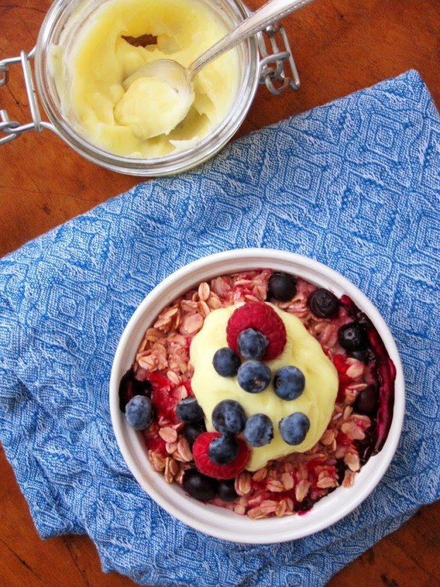 double-berry-baked-oatmeal-252811-2529